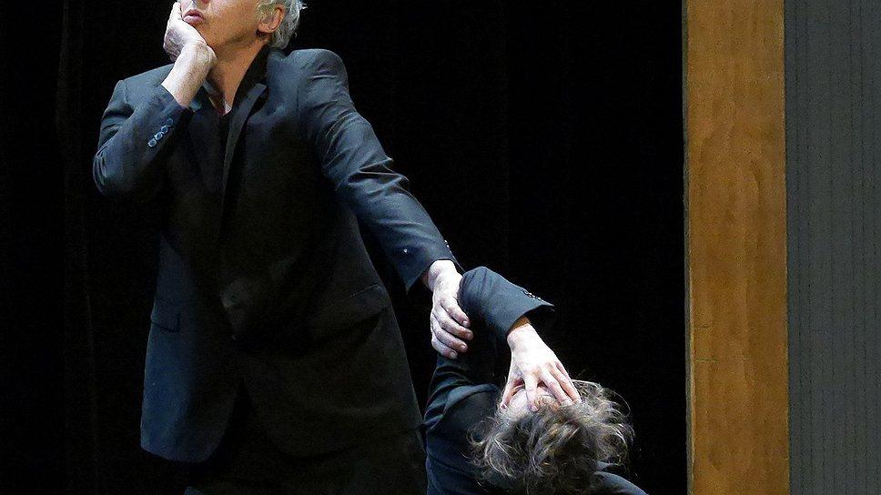 Главное в спектакле Жозефа Наджа — напряжение между музыкой и телами