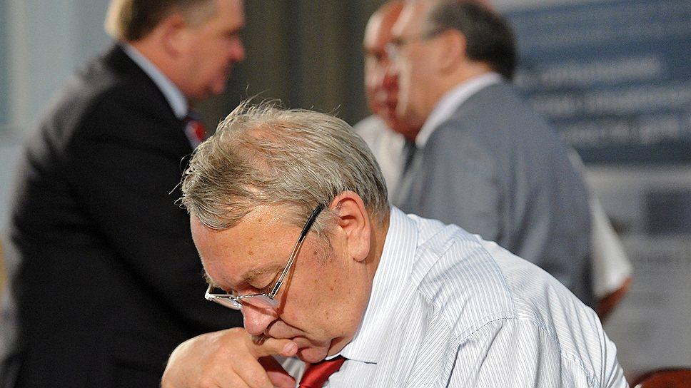 Ученые во главе с Владимиром Фортовым возмущены, что правительство готовится ликвидировать РАН прямо у них под носом