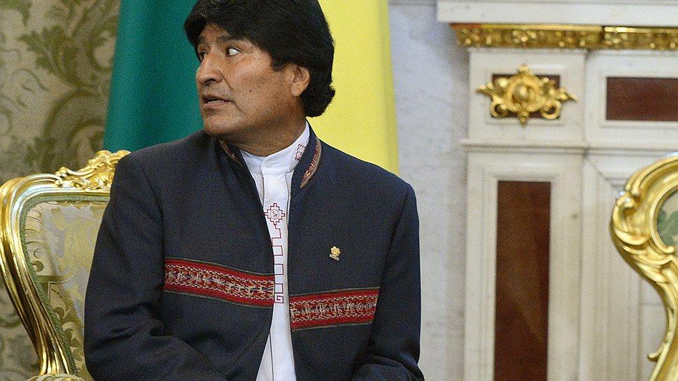Как самолет президента Боливии задержали из-за Эдварда Сноудена