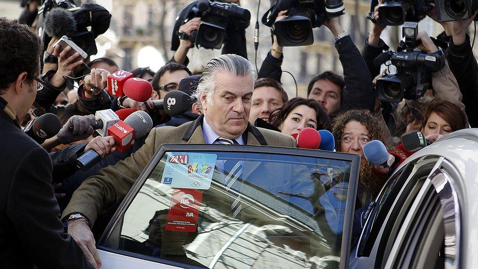 Бывший казначей правящей партии Испании Луис Барсенас (на фото) признал, что однопартийцы премьера не менее 20 лет получали откаты от строительных компаний