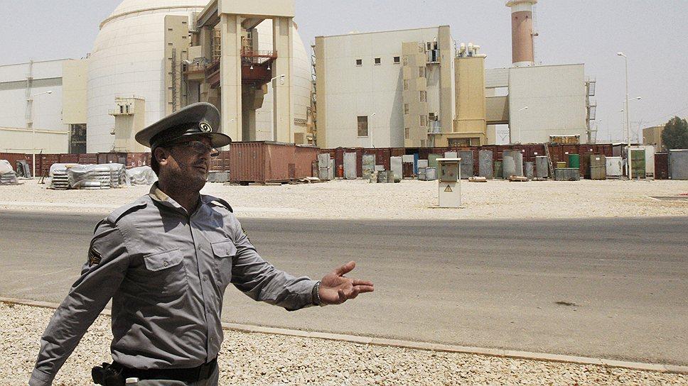 """Иран хочет подтолкнуть Россию к строительству новых блоков АЭС """"Бушер"""""""