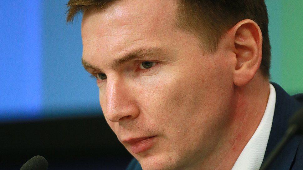 Заместителя руководителя Госстроя Андрея Шишкина обыскали и допросили по подозрению в мошенничестве, совершенном на прежнем месте работы