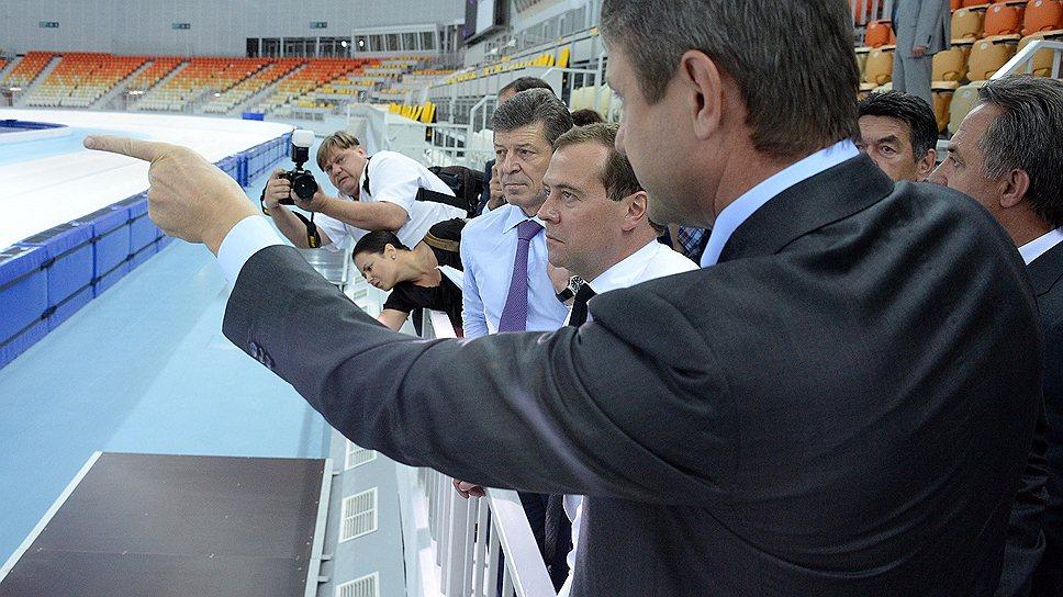 Величина ставок по кредитам олимпийским застройщикам заставила премьер-министра Дмитрия Медведева пообещать потерпевшим моральное поощрение