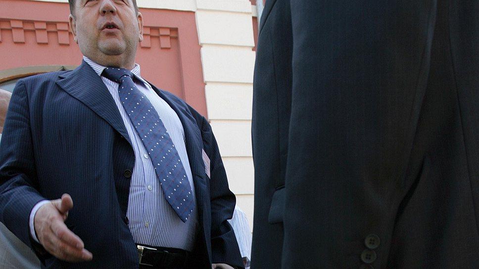 Василия Шестакова хотят устранить от руководства мировым самбо с помощью высокопоставленных российских чиновников