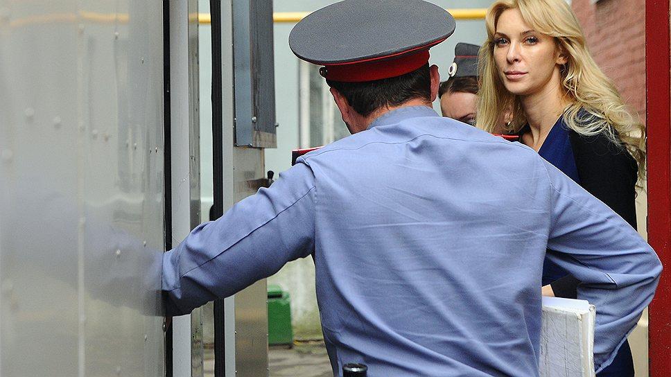 Елена Тищенко попалась на том, что слишком откровенно говорила по телефону с Мухтаром Аблязовым