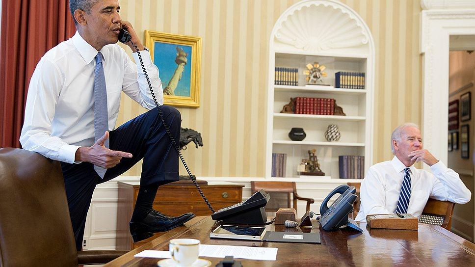 Президент США Барак Обама и вице-президент Джо Байден  (справа) делают все, чтобы убедить конгрессменов поддержать военную операцию в Сирии