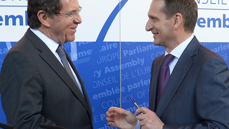 Спикер Госдумы Сергей Нарышкин (справа) предложил председателю ПАСЕ Жан-Клоду Миньону провести реформу всей системы наблюдения ПАСЕ