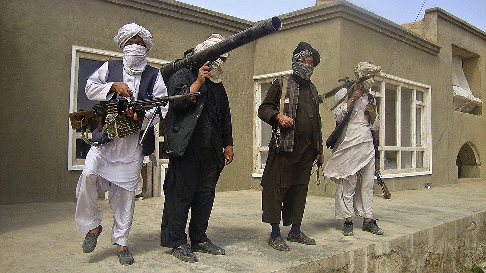 Не сумев одолеть талибов на поле боя, пакистанские военные предложили сесть с ними за стол переговоров