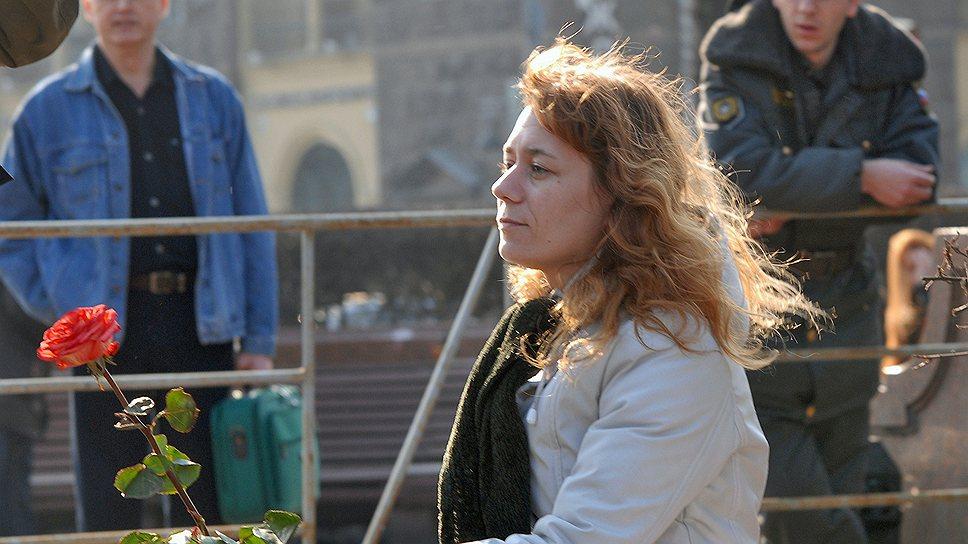 Поправки к УК о защите муниципальных депутатов были подготовлены после инцидента с избиением Елены Ткач (на фото)