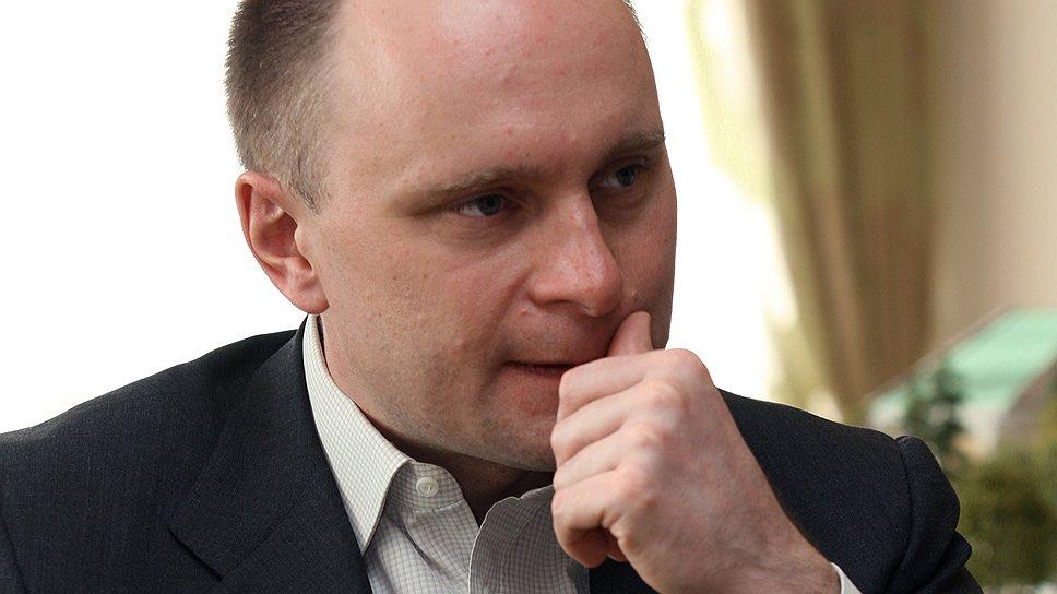 Как Александр Занадворов передумал продавать свою сеть