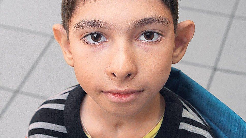 Дима среди страдающих болезнью Фарбера долгожитель: ему 12 лет. Единственный способ лечения этого редчайшего заболевания — пересадка костного  мозга