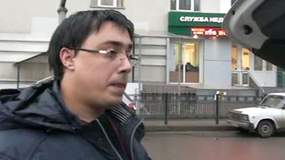 Михаилу Безменскому деньги загрузили в багажник