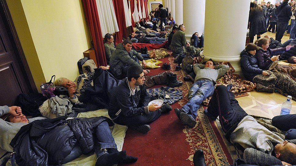 Киевская мэрия уже перешла в руки оппозиции