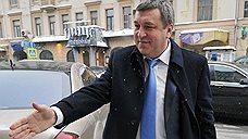 Игорю Слюняеву не нужно лишнее министерство