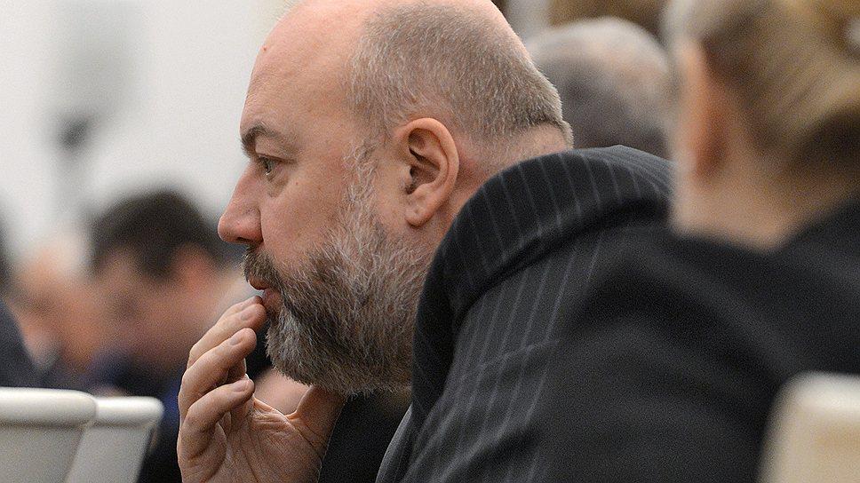 Председателю думского комитета по уголовному законодательству Павлу Крашенинникову предстоит доуточнить формулировки амнистии в рекордные  сроки