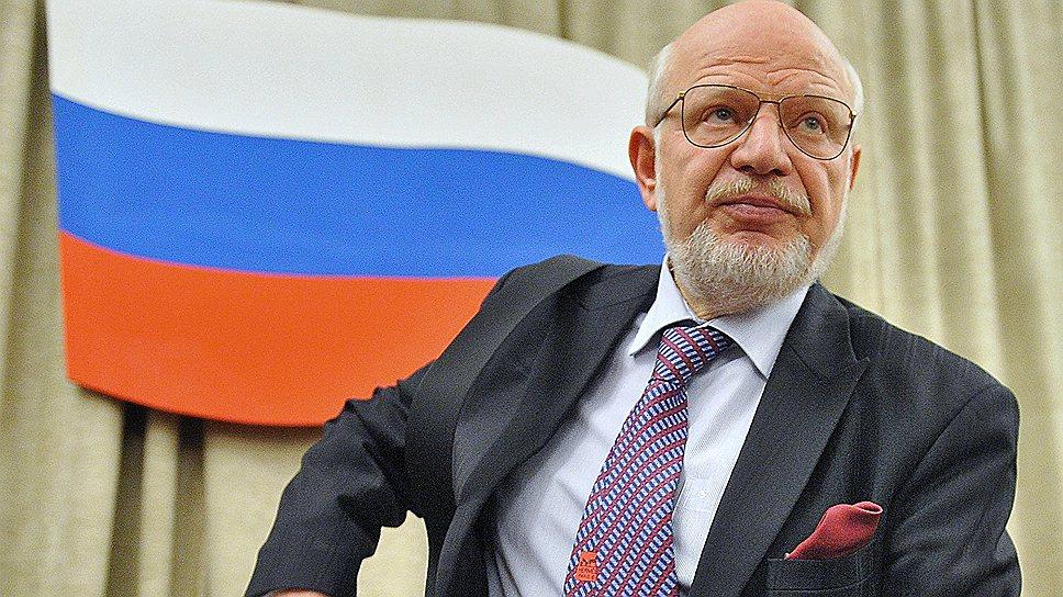 Михаил Федотов считает, что закон об НКО нуждается в переработке