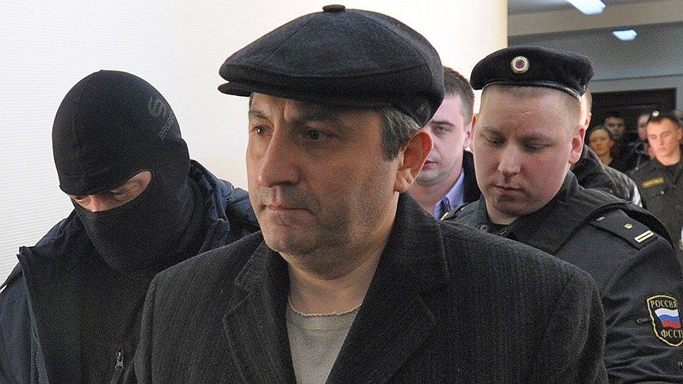 Суд не поверил в то, что вице-премьер Насрутдинов никуда не сбежит