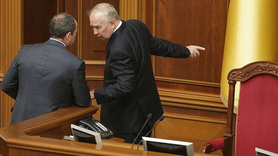 Николай Азаров пал жертвой уступления