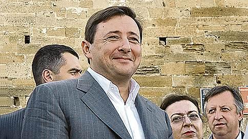 Инвестиции не добрались до Кавказа  / Политика Александра Хлопонина в СКФО так и не заработала