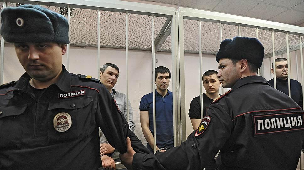 """Московские полицейские, в нападении на которых обвиняют фигурантов """"болотного дела"""", заявили, что не допустят массовых выступлений на Манежной площади"""
