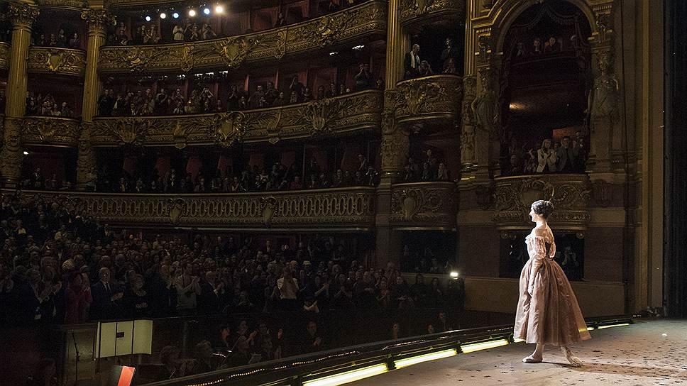 Изабель Сьяравола проводили на пенсию двадцатиминутной овацией и криками «браво»