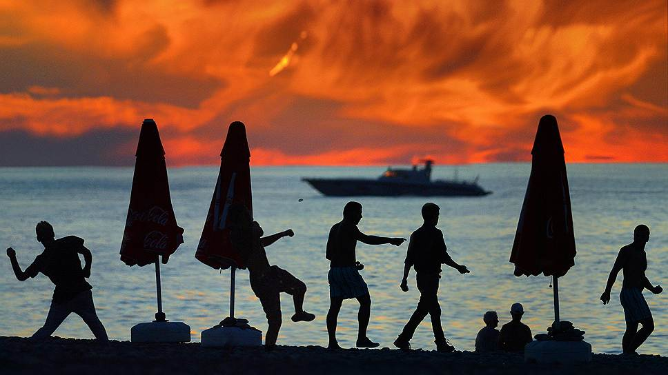 Как российский бизнес спасет летний туристический сезон в Крыму
