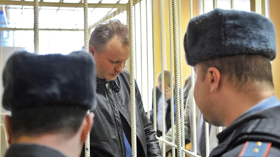 Бывший заместитель министра сельского хозяйства России Алексей Бажанов (в центре)