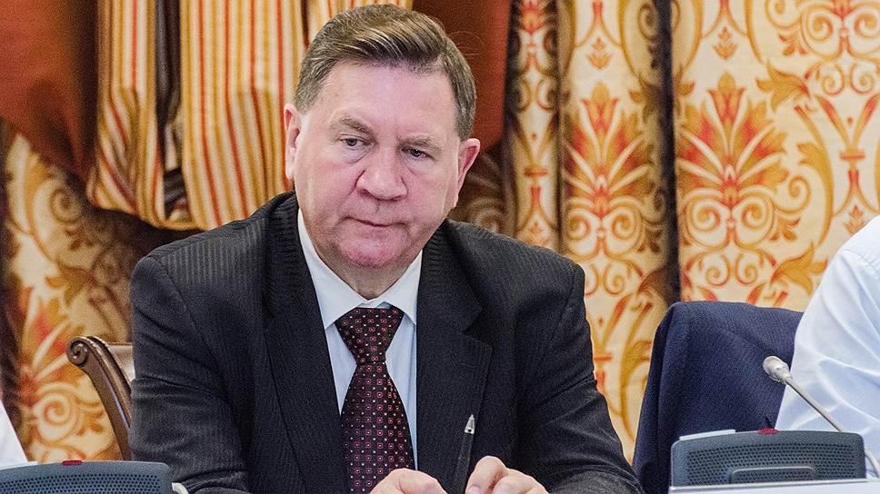 Губернатор Курской области Александр Михайлов