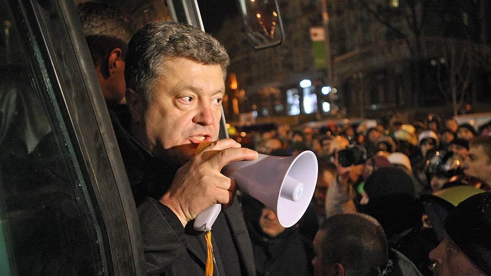 Не считавшийся знаковой фигурой Майдана миллиардер Петр Порошенко уверенно лидирует в президентской гонке