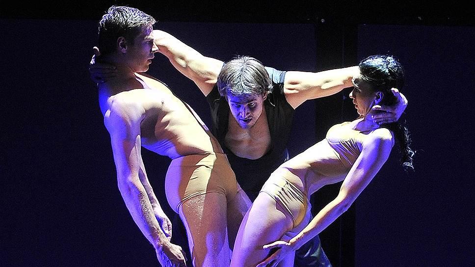 """Умение Бориса Эйфмана """"лепить"""" из тел своих танцовщиков замысловатые композиции в балете о Родене пришлось как нельзя кстати"""