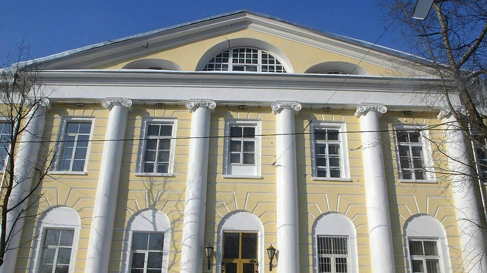 Здание Главного военного клинического госпиталя имени академика Н.Н.Бурденко