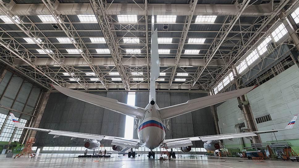 """Почему самолетами Ил-96 заинтересовались Кремль, """"Роснефть"""" и Сергей Шойгу"""