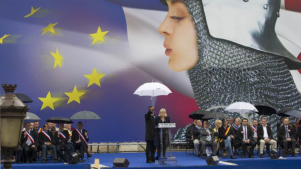 Многие французы считают лидера «Национального фронта» Марин Ле Пен «новой Жанной д'Арк», которая поможет их стране сохранить традиционные ценности