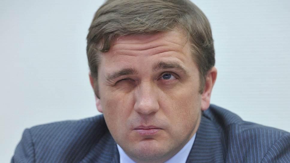 Были случаи, когда в Москву-реку выпускалась стерлядь, хотя понятно, что эта среда не подходит для ее обитания. Парадокс — деньги потрачены, рыба померла
