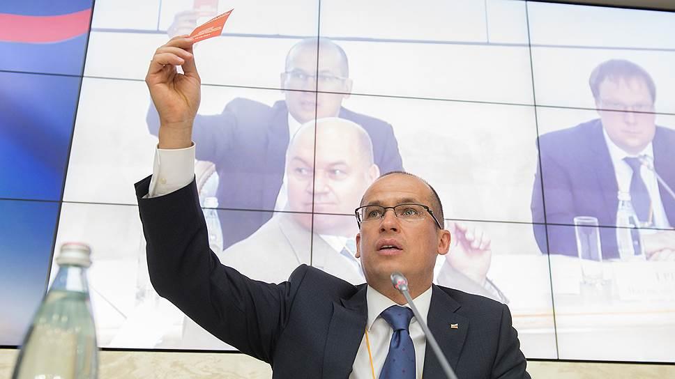 Александр Бречалов будет руководить Общественной палатой, оставаясь сопредседателем президентского «Народного фронта»