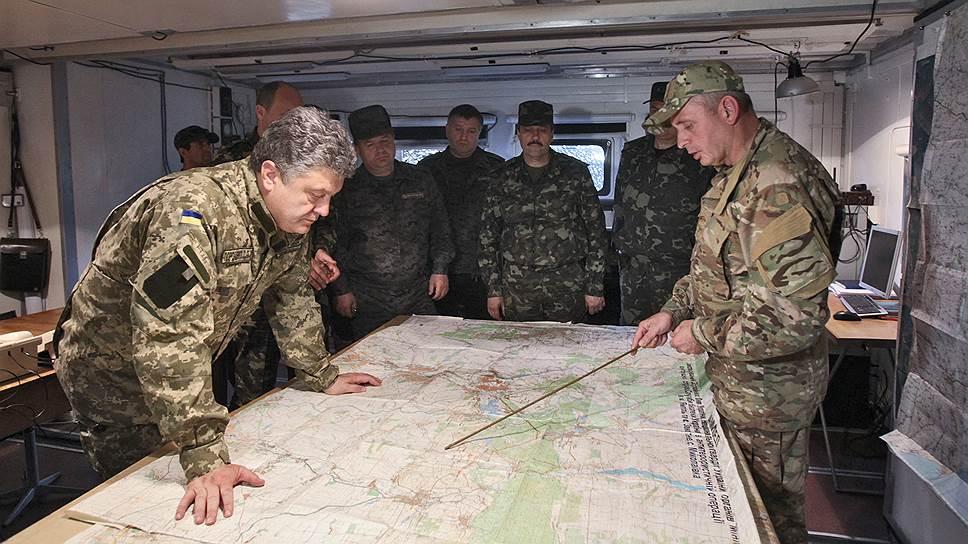 Как Петру Порошенко выдвигают стол переговоров