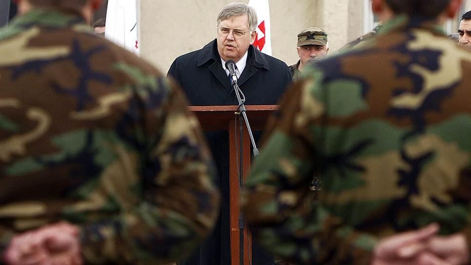 Джон Теффт успел побывать послом в Грузии (на фото), Литве и на Украине