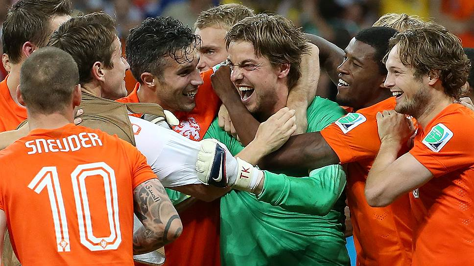 Серия пенальти в матче с костариканцами стала звездным часом запасного голкипера сборной Голландии Тима Крула