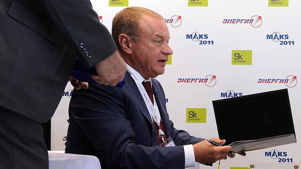 За семь лет, проведенных во главе «Энергии», Виталию Лопоте удавалось дважды избегать увольнения. На этот раз не удалось