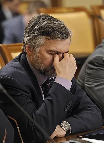После продолжительных раздумий Андрей Клепач сменил должность главного прогнозиста Минэкономики на кресло главного экономиста ВЭБа