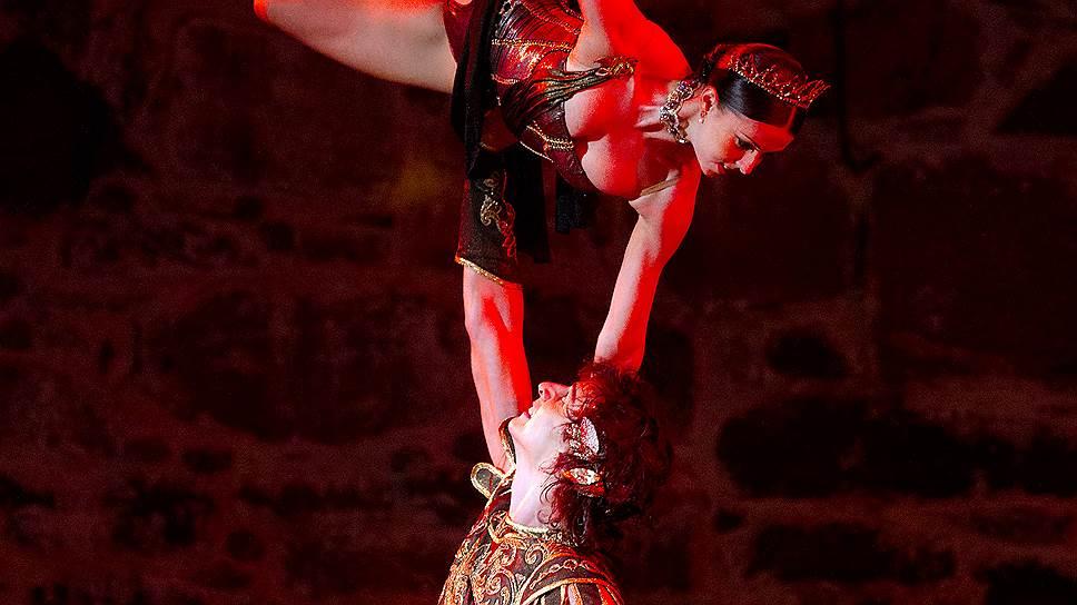 На гала-концерте балета в рамках оперного фестиваля в Савонлинне публика осознала, что Марат Шемиунов (на фото с Ириной Перрен) — выдающийся партнер для дуэтов