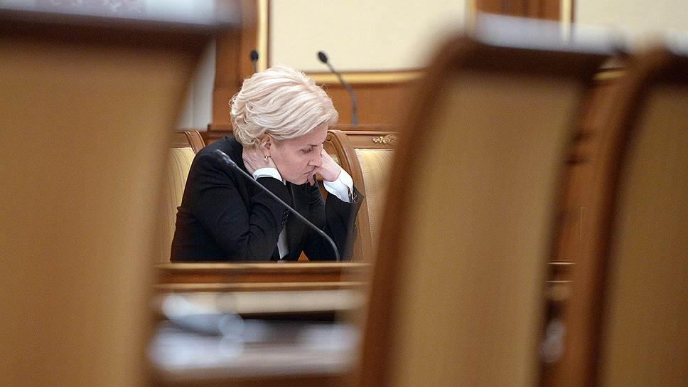 Вице-премьер Ольга Голодец одержала новую тактическую победу над накопительными пенсиями и готовится к их окончательной ликвидации