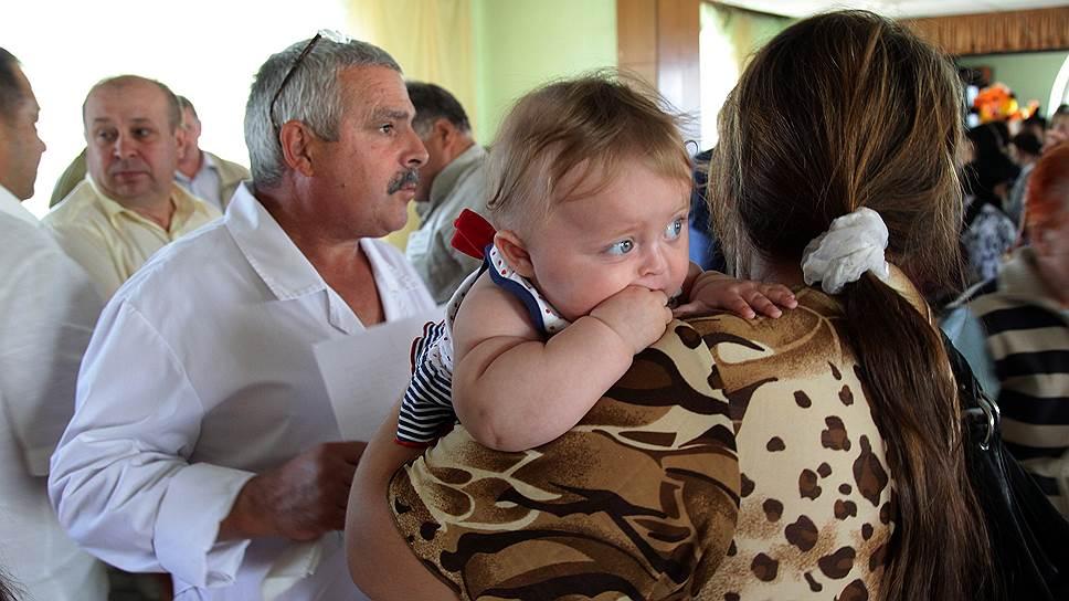 Общественная палата РФ просит ФМС, Минздрав и Минобрнауки предоставить беженцам c Украины социальные гарантии