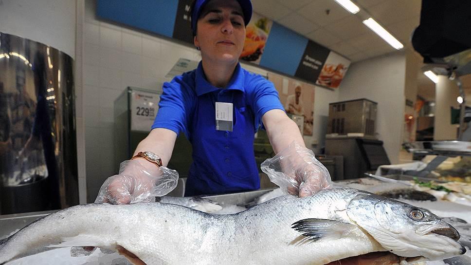 Вопрос ценообразования на красную рыбу может стать первым случаем разбирательств в правительстве между поставщиками и торговыми сетями