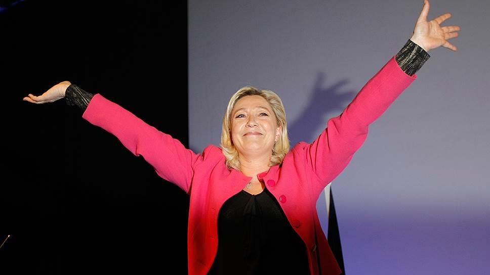 """Лидер французской партии """"Национальный фронт"""" (FN) Марин Ле Пен"""