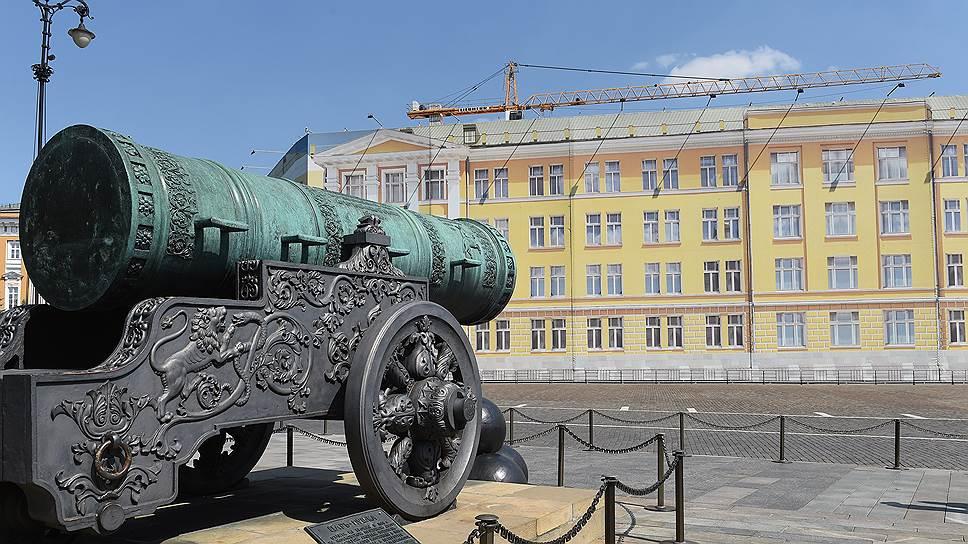 Кремлевских чиновников готовят к постоянной прописке