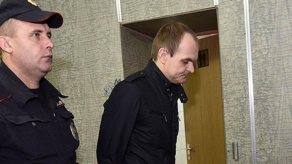 Дело агента Клюшкина суд счел неподсудным, вернув в прокуратуру