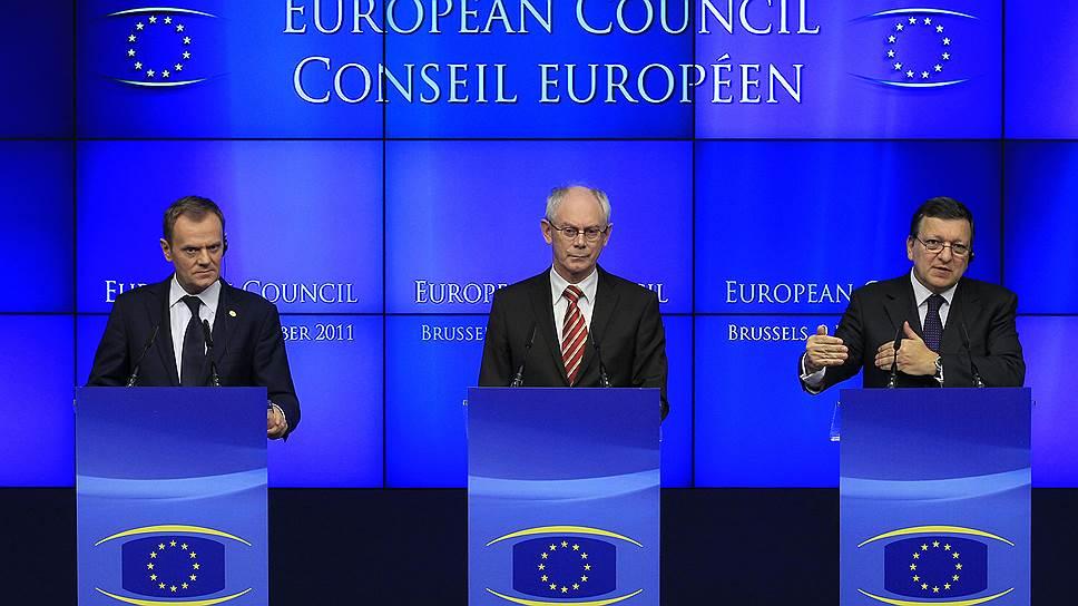 Избранный  председателем Евросовета Дональд Туск, глава Европейского совета Херман Ван Ромпей и глава Еврокомиссии Жозе Мануэл Баррозу