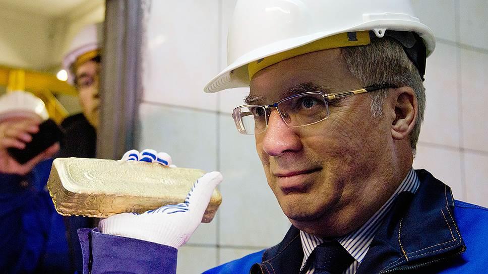 Золотодобывающему Северо-Енисейскому району Виктор Толоконский обещает лишний авиарейс, зарплаты, дорогу до Красноярска