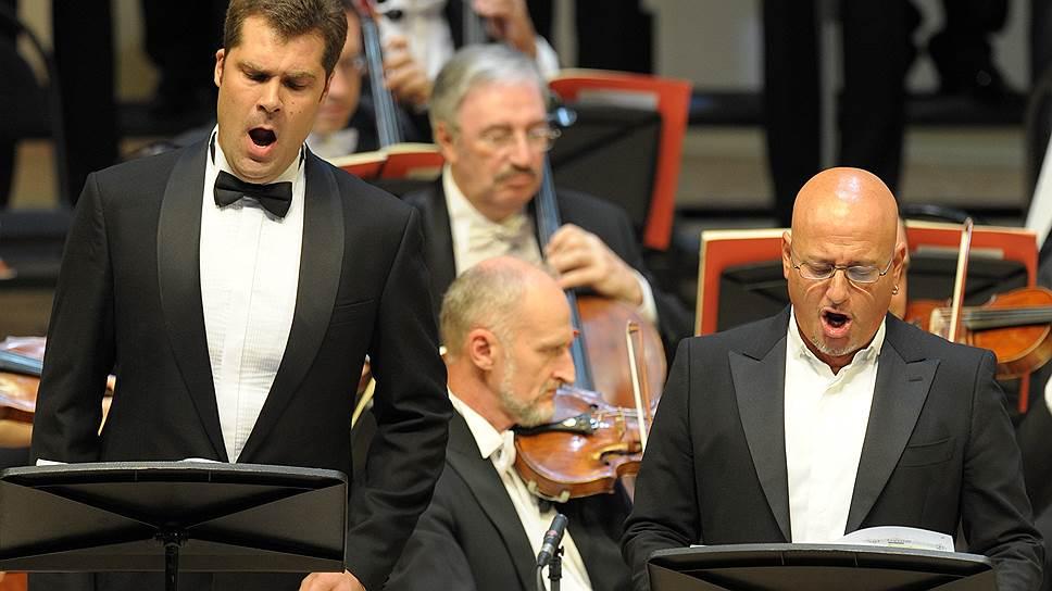 Олег Цыбулько (слева) справился со своей партией достойно и ничем не хуже, чем Антонино Сирагузе (справа)
